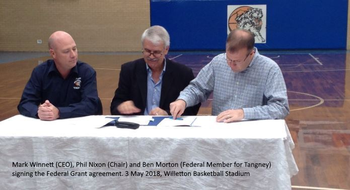 Phil, Ben and Mark sign agreement